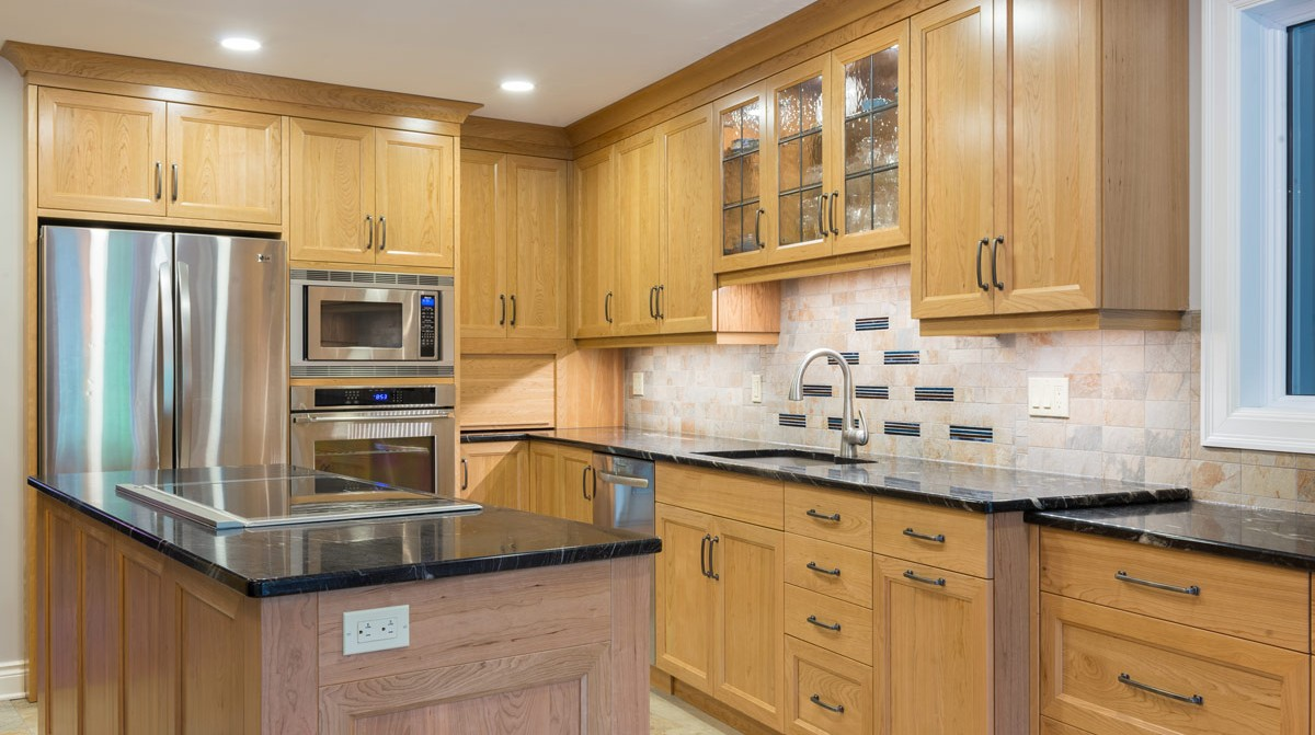 Kitchen cabinet manufacturers ontario mf cabinets for Kitchen cabinet companies